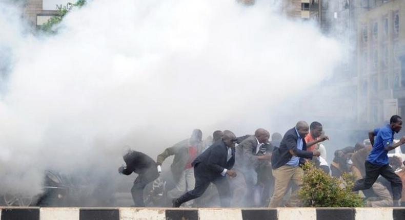 Police use teargas to disperse protestors