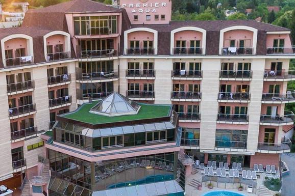 Uživanje u bojama jeseni  iz luksuznih hotela na krovu Fruške gore
