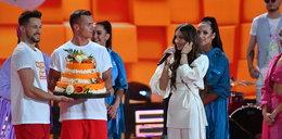 Viki Gabor świętowała swoje 14. urodziny podczas Wakacyjnej Trasy Dwójki wŚwinoujściu. Ależ przyjęcie!