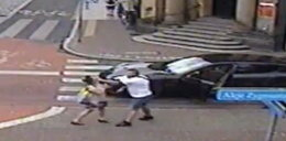 Kierowca porsche spoliczkował pieszą. Bo dotknęła jego auta? [WIDEO]