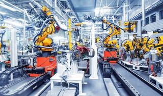 Uniwersalne roboty przemysłowe – niezastąpione w produkcji
