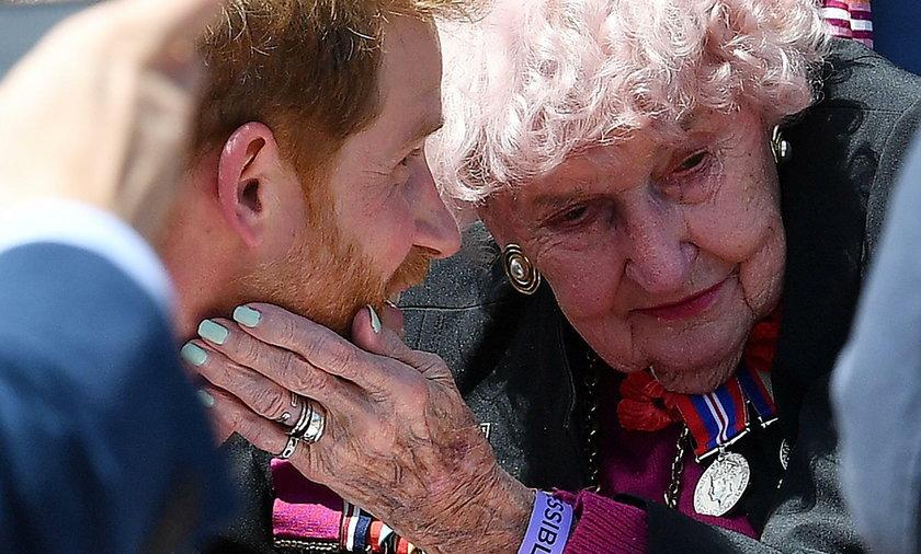 Największa fanka Harry'ego nie żyje. Miała 99 lat
