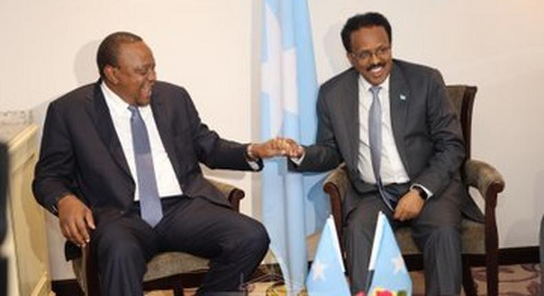 President Uhuru Kenyatta holds talks with the President of Somalia HE Mohamed Farmaajo (Twitter/@StateHouseKenya)