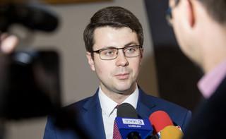 Rzecznik rządu: Premier przyjął informację o dymisji Gowina