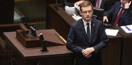 Sejm ekspresowo przepycha ustawę o IPN, Duda podpisuje