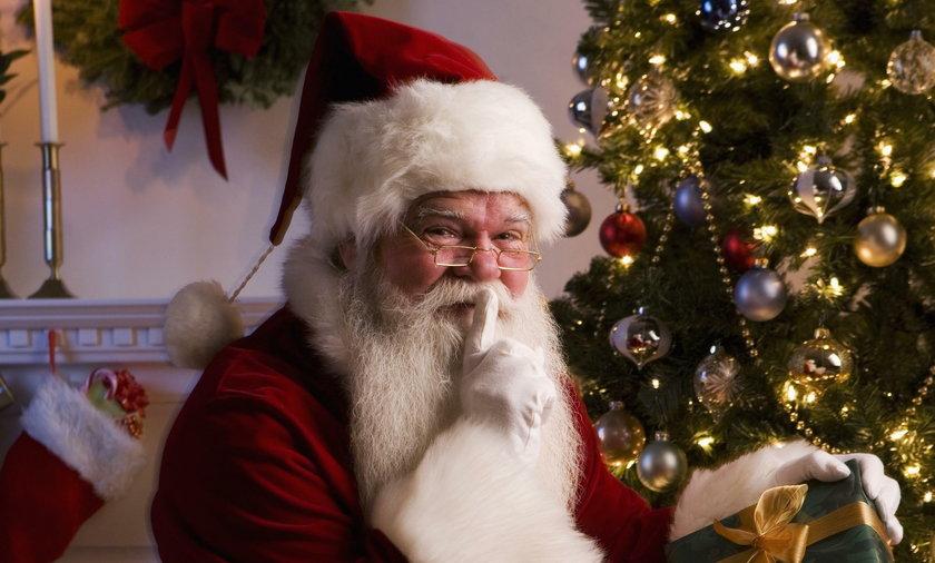 Św. Mikołaj. Taką kwotę średnio Polacy przeznaczą na prezenty
