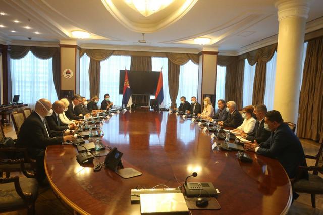 Aleksandar Vučić sa zvaničnicima Srpske