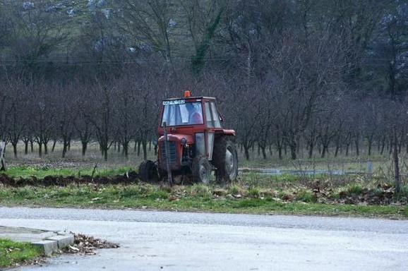 Traktori u Srbiji stari su i do skoro pola veka!