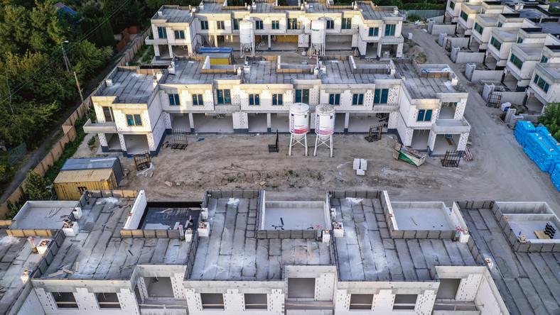 Budowa nowego osiedla w Warszawie