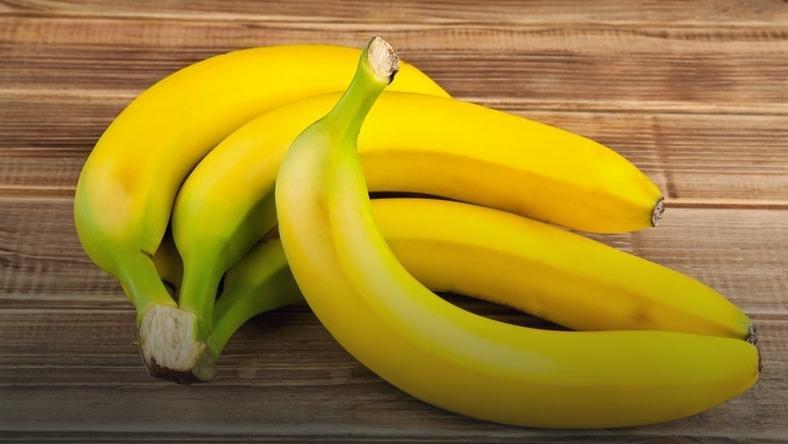 Wyrzucasz skórkę od banana? Duży błąd!