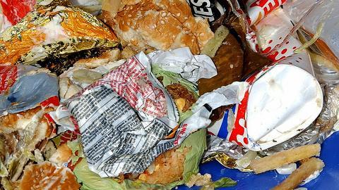 W Polsce każdego roku marnuje się około 9 mln ton żywności