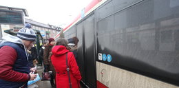 Fuj! Ale brudne autobusy!