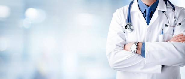 Zdaniem NRL nie ma też zapisów zabezpieczających lekarzy przed konsekwencjami niedopełniania warunków umów cywilnoprawnych, których wykonywanie w związku z poleceniami czy decyzjami wojewodów może być natychmiast przerwane