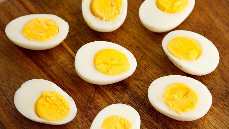 ___9168756___2018___12___5___9___1519321899-hard-boiled-eggs-horizontal