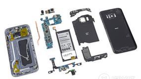 Samsung Galaxy S7 rozebrany na części