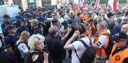 Marsz narodowców rozwiązany. Minister zbulwersowany: powód totalnie od czapy