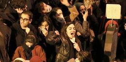 """Protesty w Iranie. """"Naszym wrogiem nie jest Ameryka"""""""