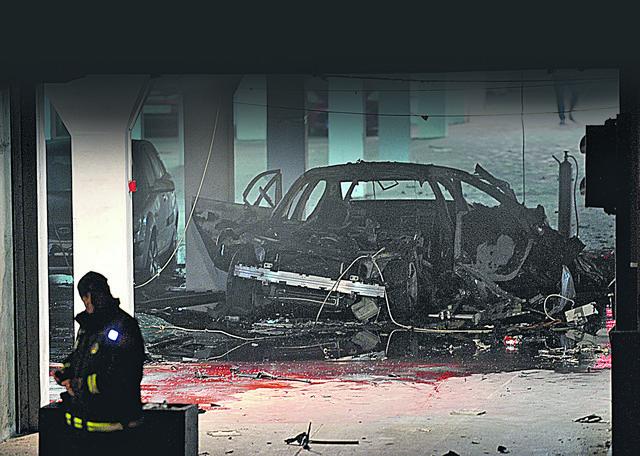 Bomba ispod automobila Roganovića foto Vijesti me Savo prelevic