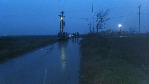Vojna policija vrši uviđaj kraj autoputa, Foto:N1info