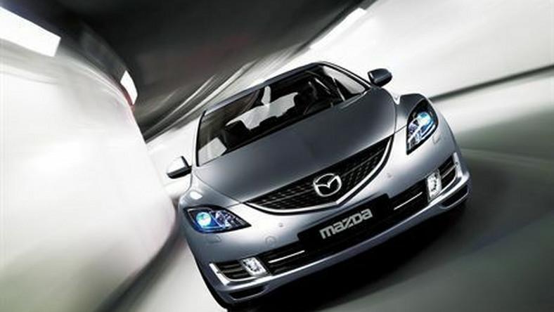 "EU, Hatch, LHD, Lilac Silver Metallic, CE 2.5L, Luxury, Leather, Moist Black, 6MT, 18"" Alloy Wheels"