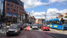Polacy czują się coraz bezpieczniej na drogach
