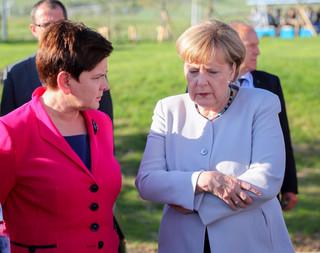 Premier Szydło z kanclerz Merkel o sytuacji w Turcji