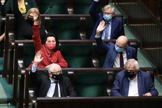 Przewrót bez widowiska, czyli jak umiera demokracja