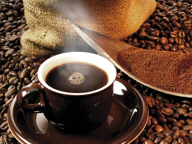 Savršen TRIK za jutarnju kafu! Zbog ovoga će vam ceo dan biti bolji!