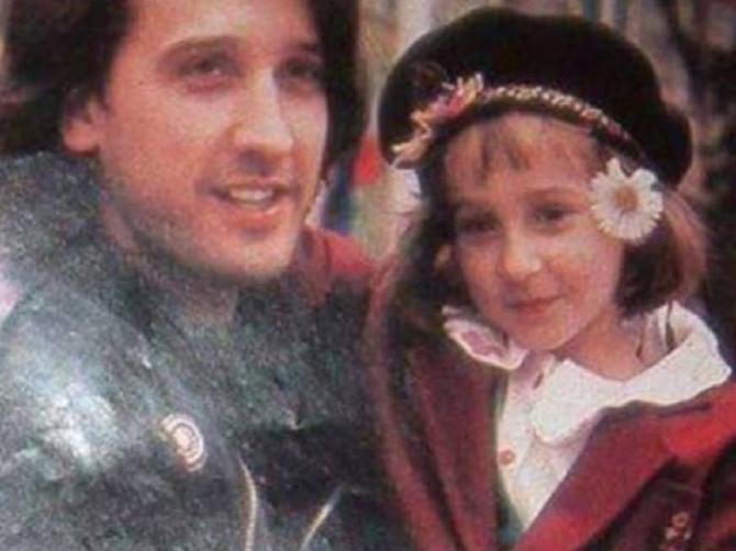Ćerka Harija Mata Harija je porasla: Neverovatno liči na oca i izgleda OVAKO!