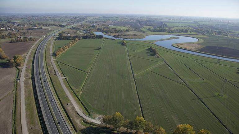 Coraz większa sieć polskich dróg ekspresowych i autostrad