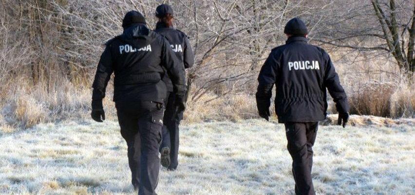 Martwa 40-latka znaleziona na działce. Policja: to było zabójstwo