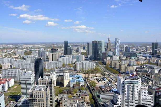 Widok na Warszawę z wieżowca Warsaw Spire
