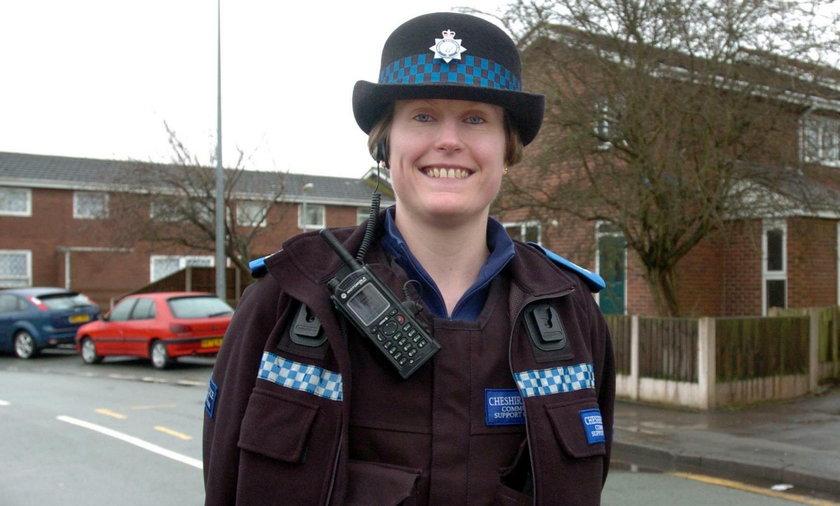 Angielska policjantka wyleciała ze służy