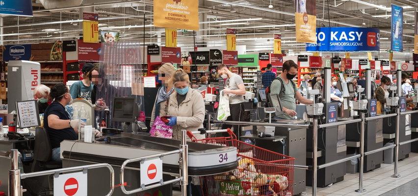 Będą obowiązkowe szczepienia dla pracowników sklepów?