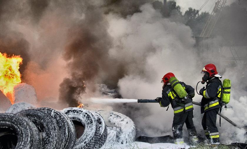 pożar opon w Katowicach