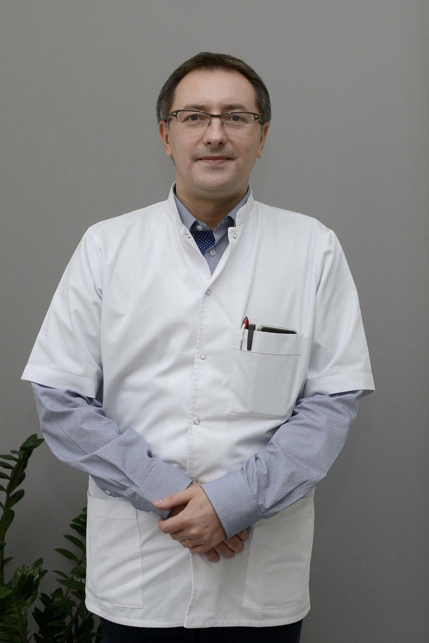 dr Mieszko Zagrajek (42 l.), neurolog z USK