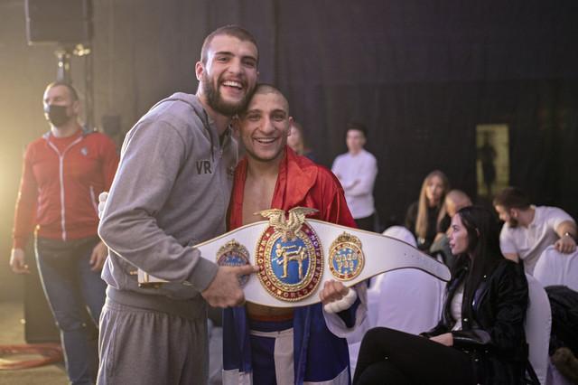 Podrška - Veljko Ražnatović i Aleksandar Konovalov