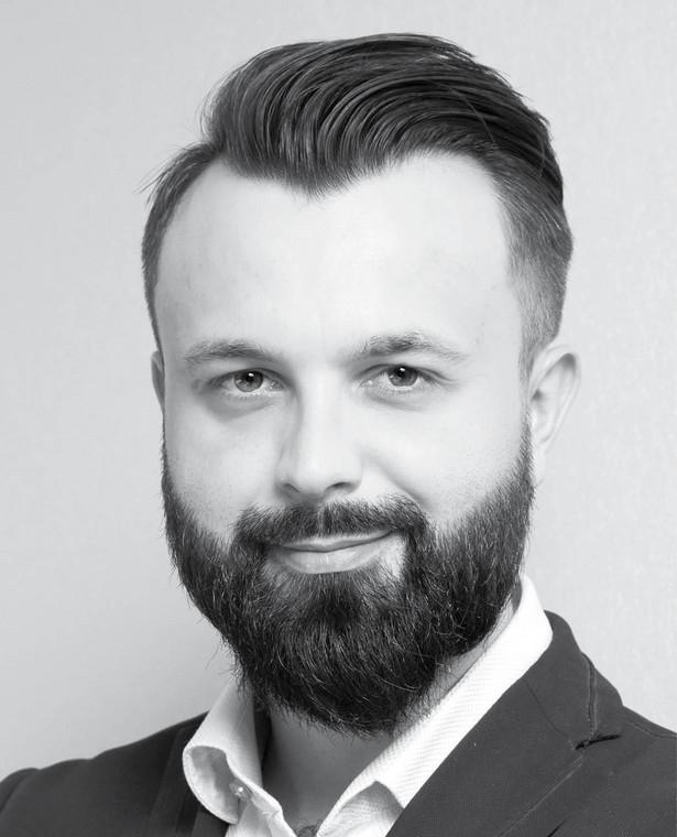 Tobiasz Szczęsny, doradca podatkowy i menedżer w GekkoTaxens