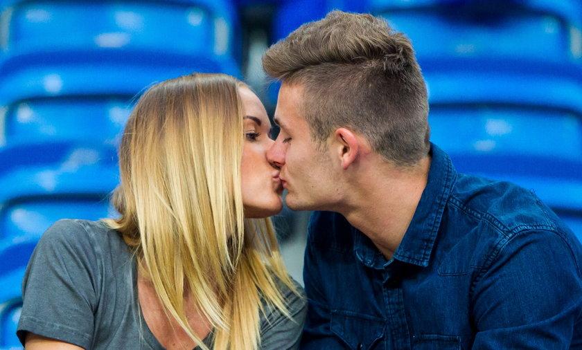 Karol Linetty i Wioletta Kanafa poznali się, gdy zawodnik przechodził rehabilitację