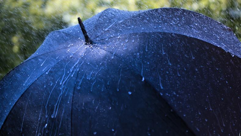 IMGW ostrzega przed deszczem i wiatrem