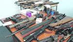 PIŠTOLJI, BOMBE, MUNICIJA Ko poseduje ilegalno naoružanje ima još 20 dana da ga PREDA POLICIJI