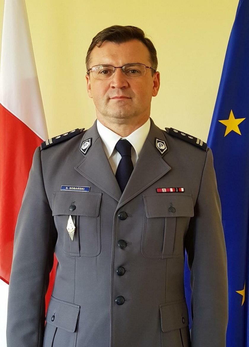 Komendant Paweł Sobański także odwołany