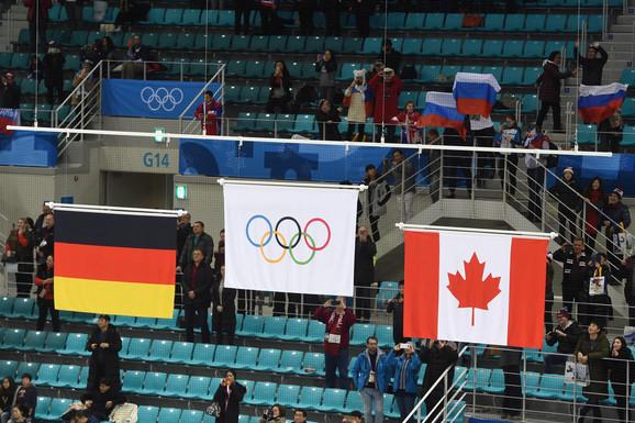Olimpijska umesto ruske zastave