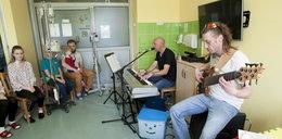 Lekcja rocka w dziecięcej klinice