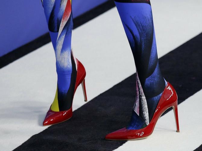 Obukle su istu odeću i pitaju se kojoj bolje stoji: Između JELENE i poznate ALBANKE najžešća trka