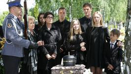 """""""M jak miłość"""": czy na pogrzebie Tomka zobaczymy Małgosię Mostowiak?"""