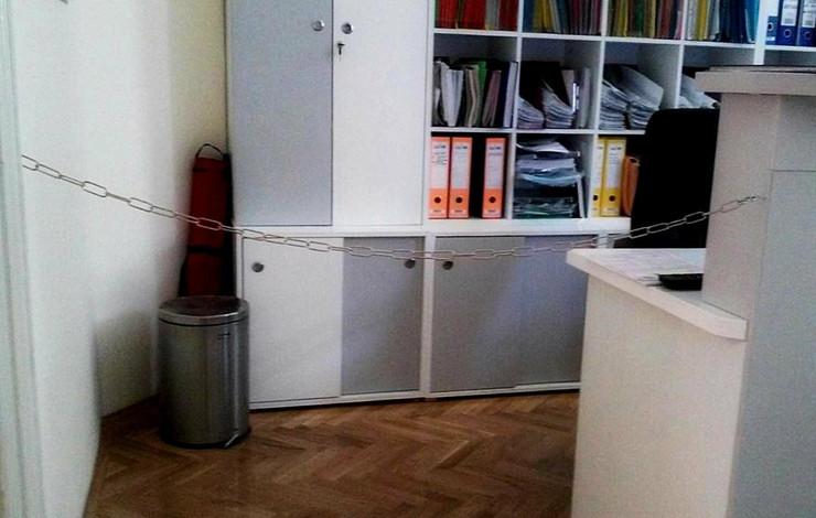 632019_lanac-u-sluzbenim-prostorijama-muzicke-skole230615rasfoto-biljana-vuckovic-001