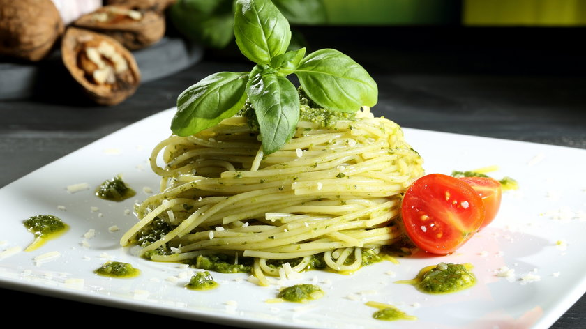 Dwa włoskie sposoby na spaghetti - idealne na letnią kolacje