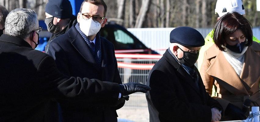 """Po co Kaczyński jeździ z Morawieckim? """"Prezes chce być blisko wielkich inwestycji"""""""