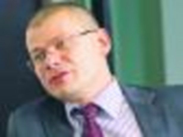 Wojciech Skiba, prezes PFRON. Od czerwca 2008 r. pracownik naukowy Instytutu Socjologii Uniwersytetu Wrocławskiego. W latach 1999 – 2002 doradca zastępcy prezesa zarządu PFRON, a następnie zastępca dyrektora Wydziału Zadań Ustawowych, Badań i Analiz Fot. Marek Matusiak